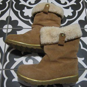 UGG Australia Girls Chestnut Suede boots new sz 3